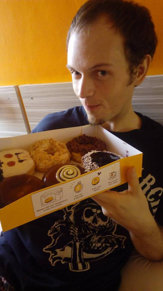 Timmy eat donut