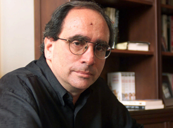 "My favorite R.L. Stine book is ""It Came From Within the Gross Mole on His Forehead"""